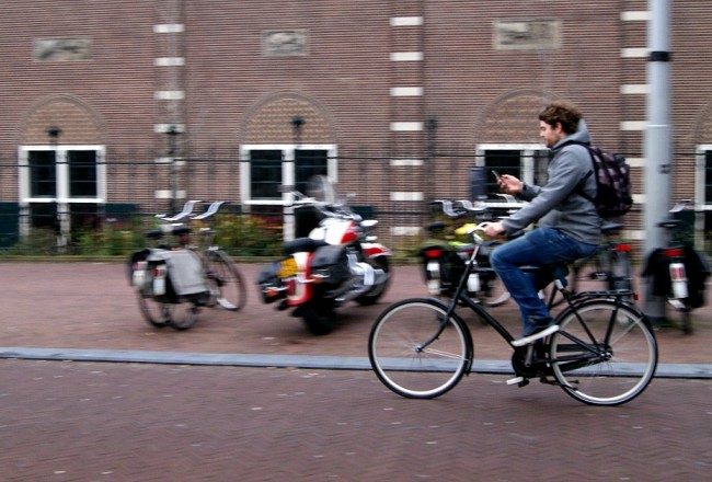 How to cycle like a local in Amsterdam | Everyday30.com